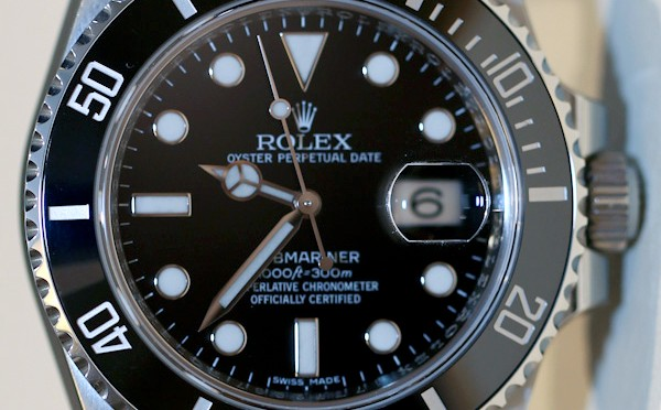 https://www.jewelrynloan.com/blog/guide-to-buying-your-first-rolex-part-1