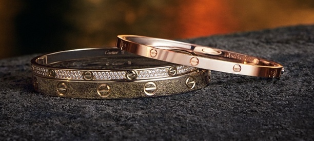 https://www.jewelrynloan.com/blog/the-most-popular-cartier-bracelets