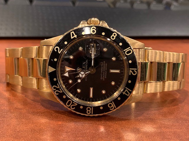 How to Set the Time on a Rolex